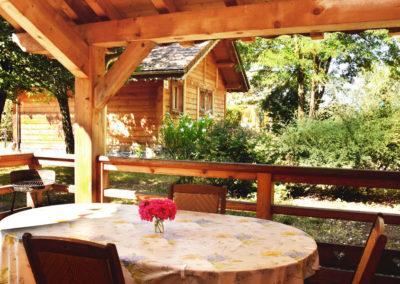 Vue terrasse du chalet savoyard 42 m²