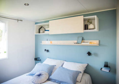 Chambre lit double mobil-home premium 34 m²